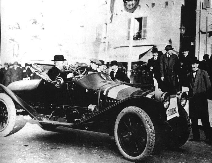 Автомобиль Руссо-Балт А.Нагеля