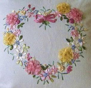 Вышивка лентами сердечко из цветов 86