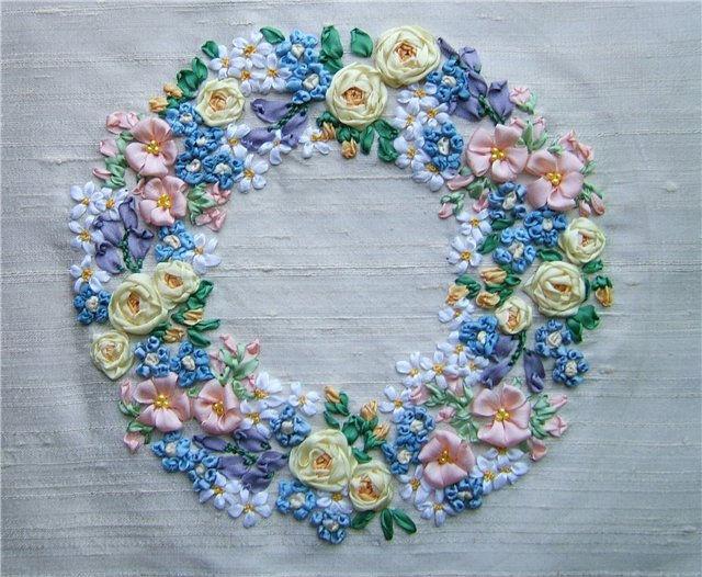 Вышивка лентами сердечко из цветов 72