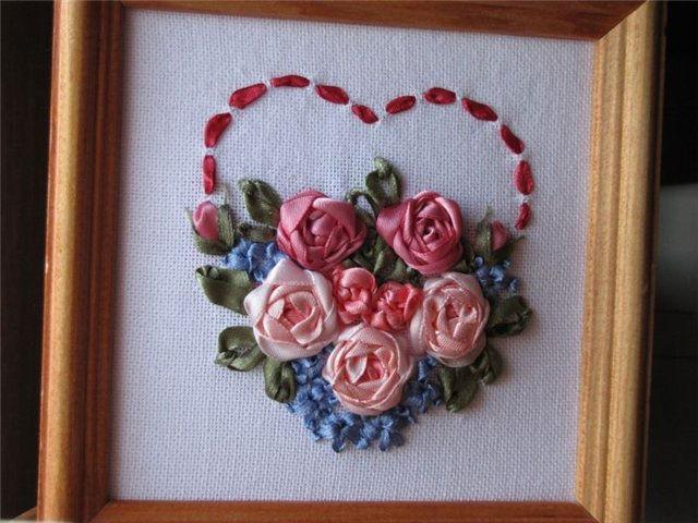 Вышивка лентами сердечко из цветов 25