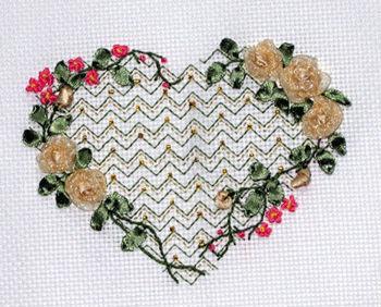 Вышивка лентами сердечко из цветов 35