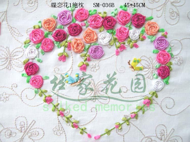 Вышивка лентами сердечко из цветов 28