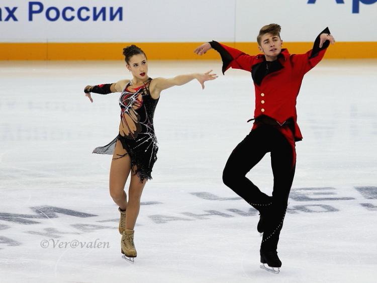 Кристина Астахова-Алексей Рогонов 339860-70188-84477133-m750x740-udfb8f