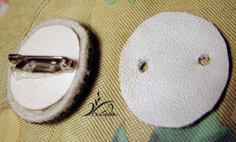 Как сделать застежку на брошке из бисера